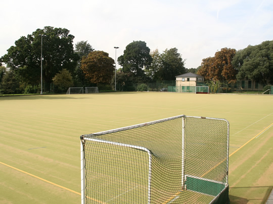 Поле для занятий по футболу British Study Centres, Wycliffe College
