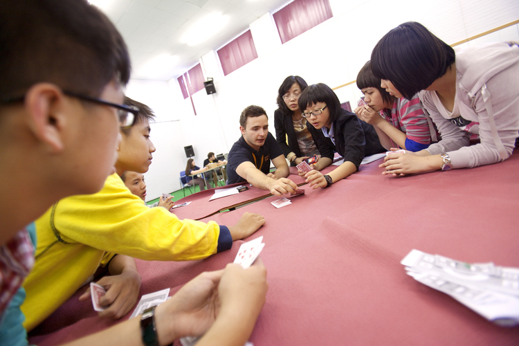 Аналитическая игра в покер