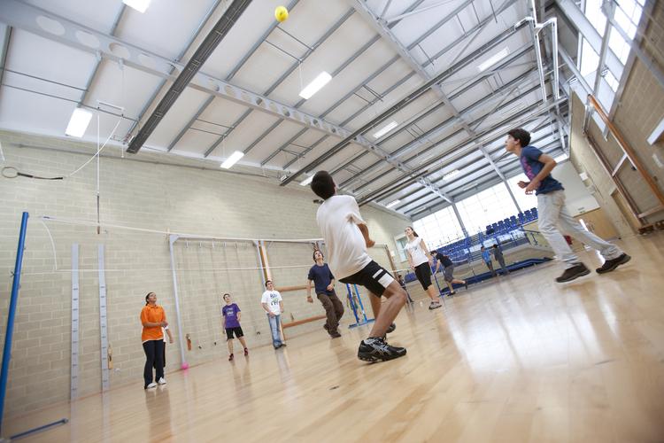 Игры в волейбол