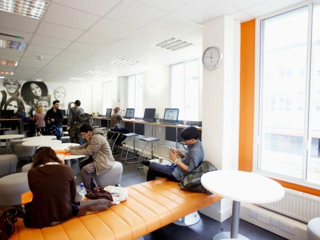 Компьютерный класс в EC, Bristol