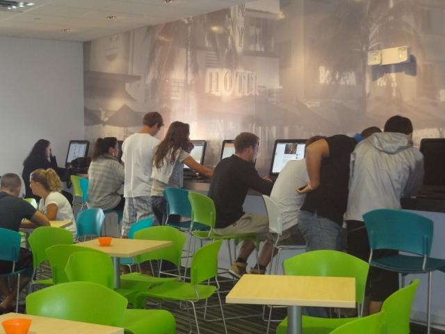 Компьютерный класс в EC, Miami
