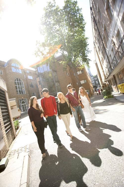 Кампус школы Embassy Summer Schools, London – UCL