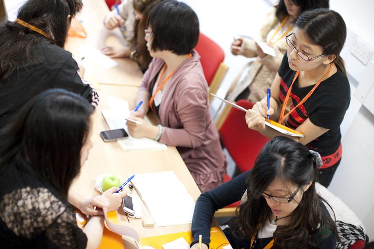 Во время занятий в Embassy Summer Schools, London – UCL