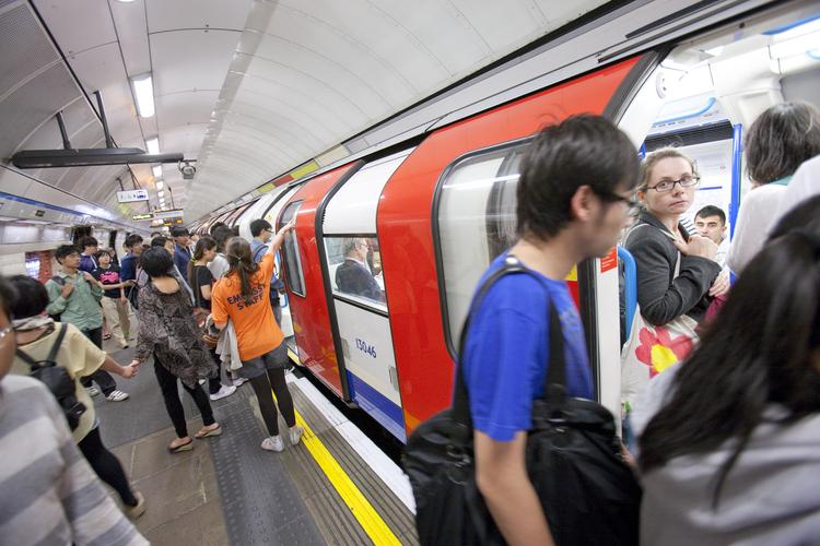 Поездка на метро по Лондону