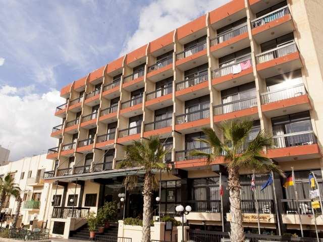 Canifor Hotel, EC Malta