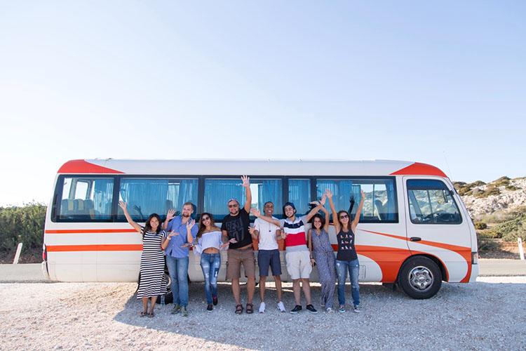 Экскурсионный автобус English In Cyprus