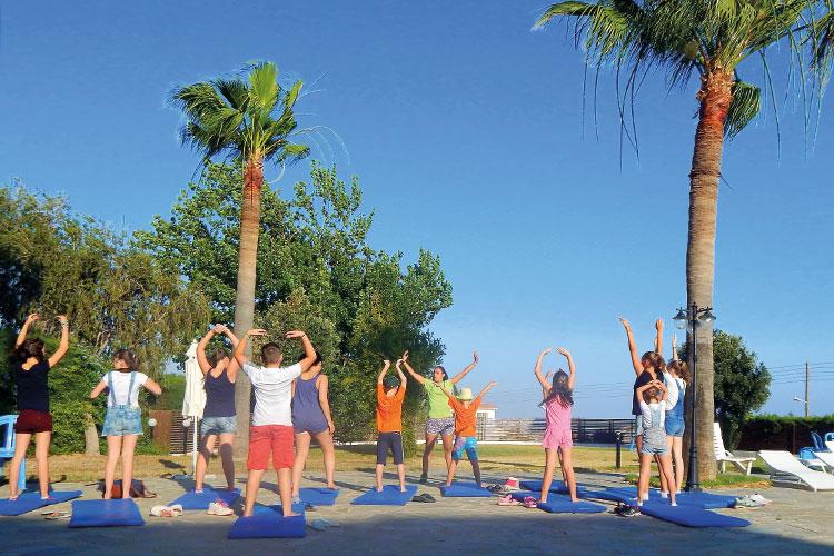 Утренняя йога в English in Cyprus