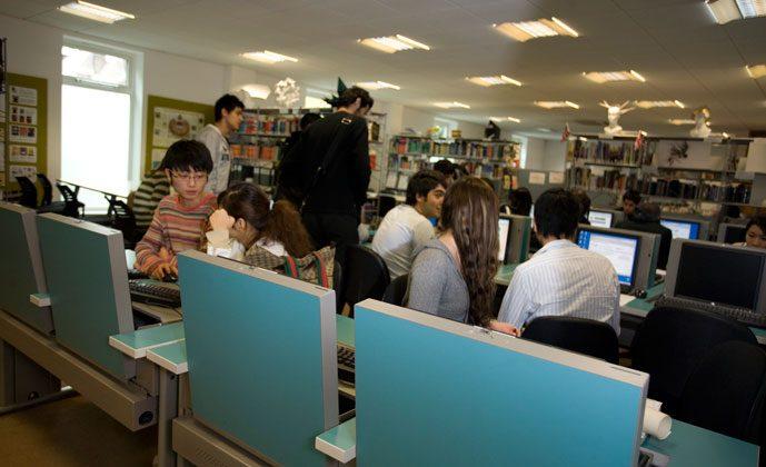 Библиотека Embassy English, London Greenwich