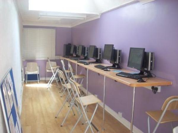 Компьютерный зал, Regent, Bournemouth