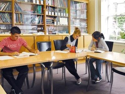 Библиотека, Eurocentres, Dublin