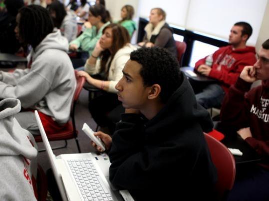 На занятиях, Embassy Summer Schools, Boston – Dean College