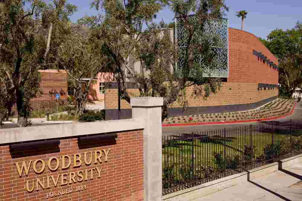 Embassy Summer Schools, Los Angeles – Woodbury University