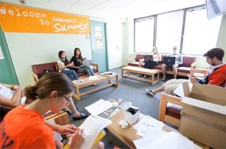 Холл, Embassy Summer Schools, San Francisco – Santa Clara University
