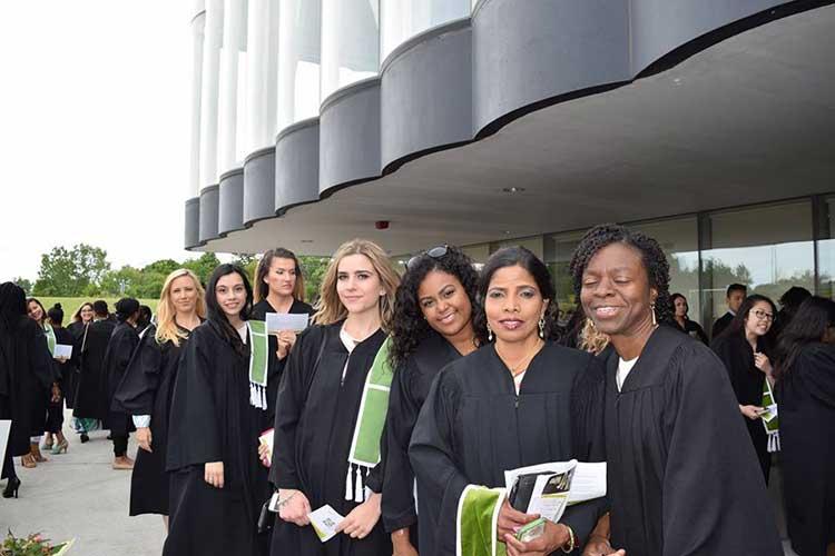 Выпускники Centennial College