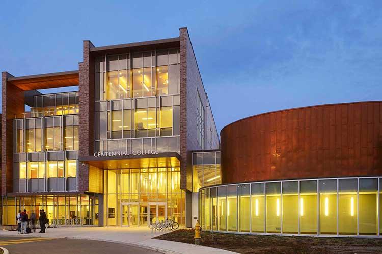 Главный корпус Centennial College
