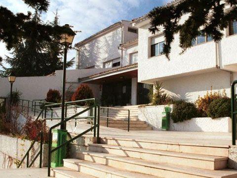 Здание школы Enfocamp, Granada