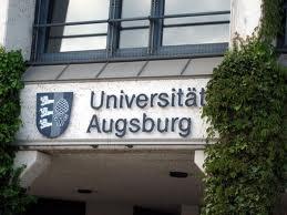 Главный вход в университет UNI Augsburg