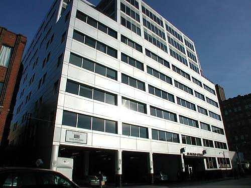 Здание школы Eurocentres, Toronto