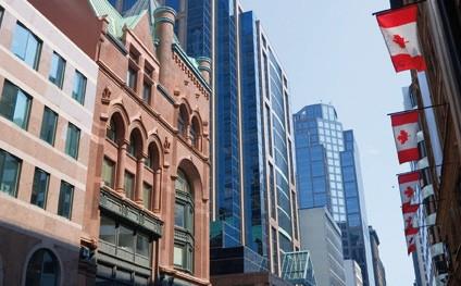 Kaplan, Toronto