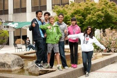 Студенты школы, St Giles, Vancouver