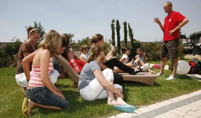 Обучение во дворе SLC, Montreux