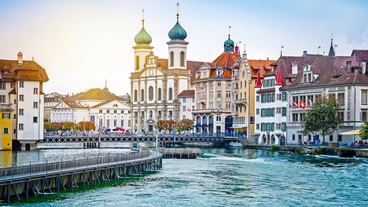 Высшее образование в Швейцарии: плюсы, помноженные на плюсы