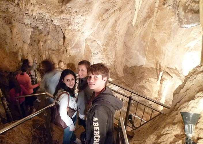 Экскурсия в пещеры Brillantmont, Lausanne