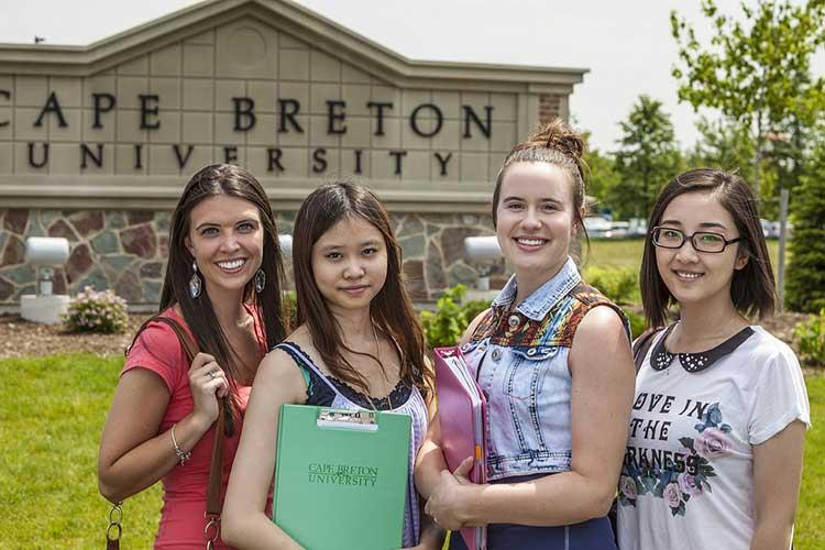 Студент Cape Breton University