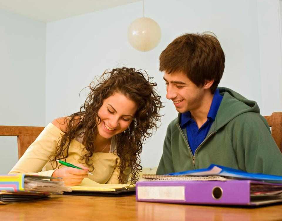 Парная программа для молодежи с Living Learning English