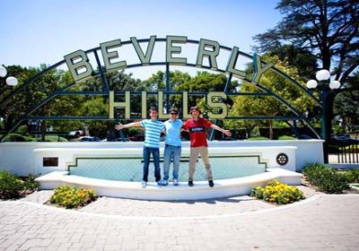 Студенты на экскурсии Embassy English&Pathways, Los Angeles Long Beach