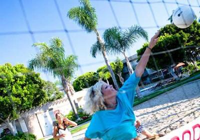 Спортивные занятия в в Embassy English&Pathways, Los Angeles Long Beach
