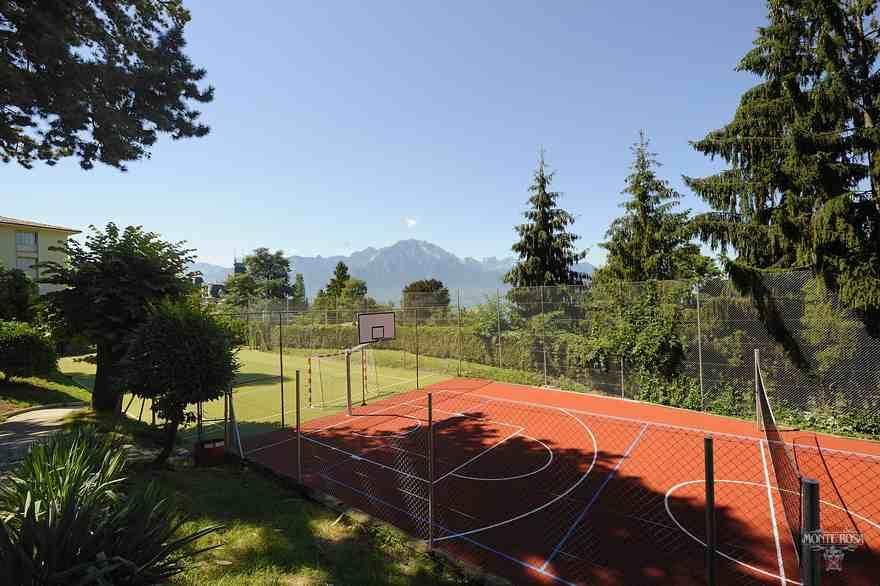 Волейбольная площадка Institut Monte Rosa, Montreux