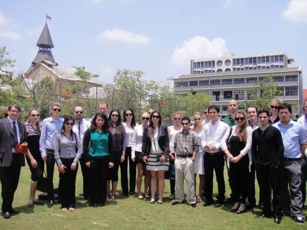 Студенты International University in Geneva