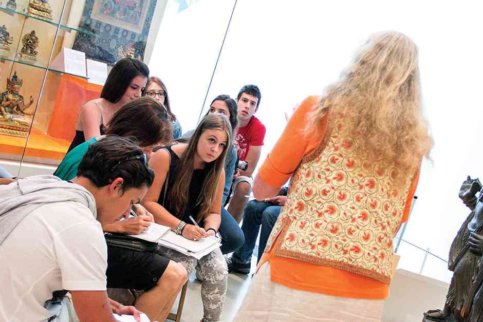 Во время урока ILSC, Toronto