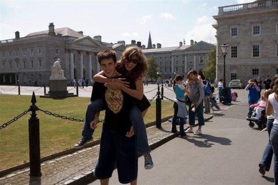 Студенты на экскурсии CES, Dublin