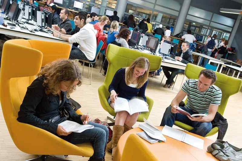 Студенты The Hague University of Applied Sciences