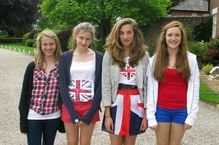 Студенты Kings summer, Moreton Hall