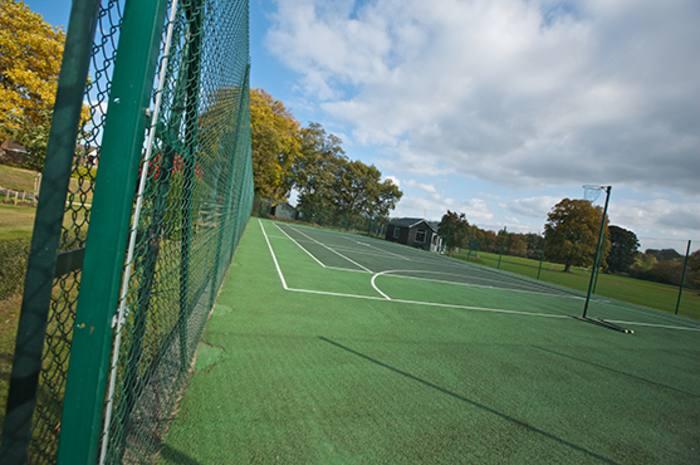 Игровое поле в Moreton Hall