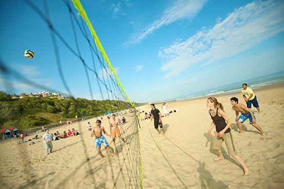 Пляжный волейбол в Kings summer, Bournemouth