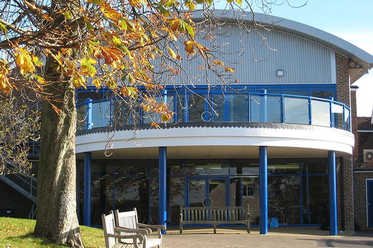 Главный вход в Accord International Summer Schools, Bethany centre