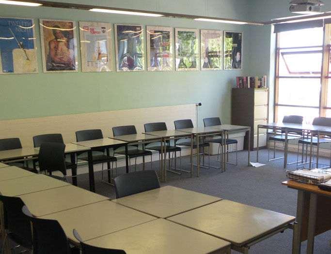 Учебный класс в Churchill House, Dean Close School
