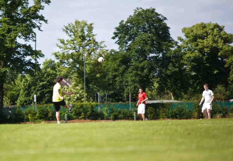 Футбол в Churchill House, Dean Close School