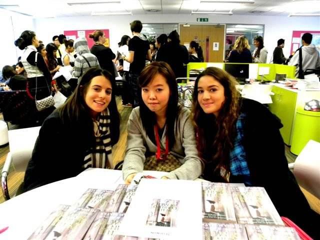 Студенты INTO, City, University London