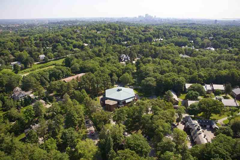 Вид сверху на кампус