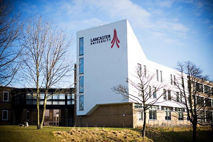 Корпус Lancaster University