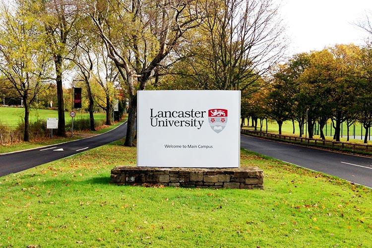 Вход на территорию Lancaster University