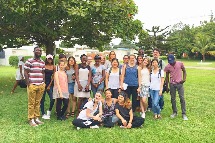 Студенты Lancaster University в Гане с программой по обмену