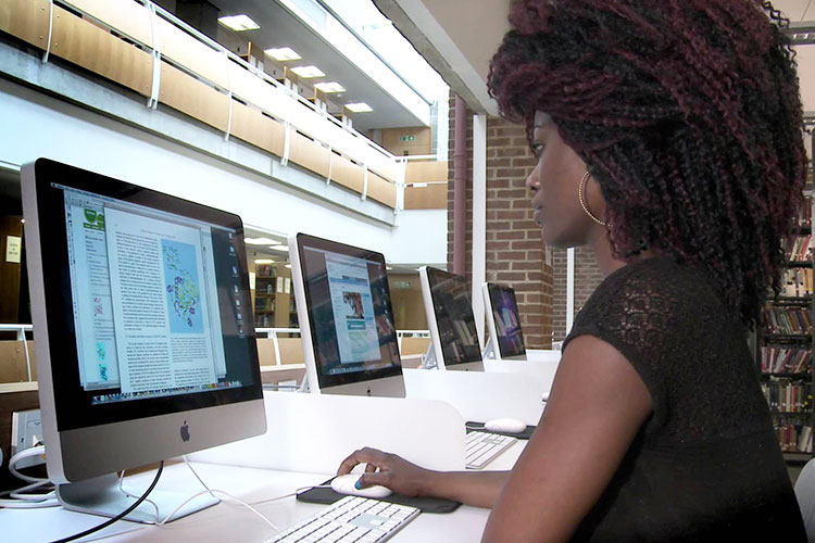 Библиотека University of Sussex