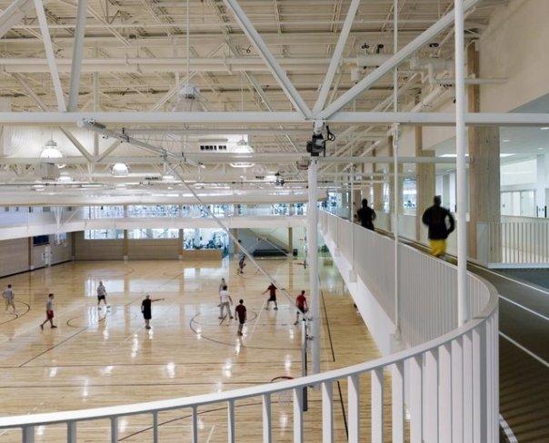 Спортивный зал в кампусе The University of Maine