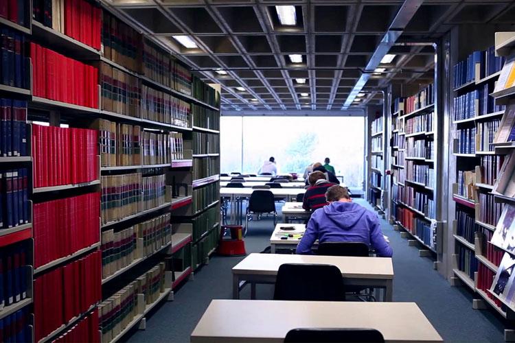Библиотека University College Dublin